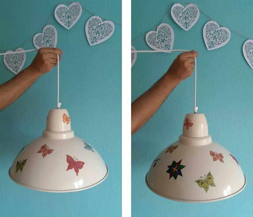 Lámpara de latón decorada con decoupage y pintura de cristal
