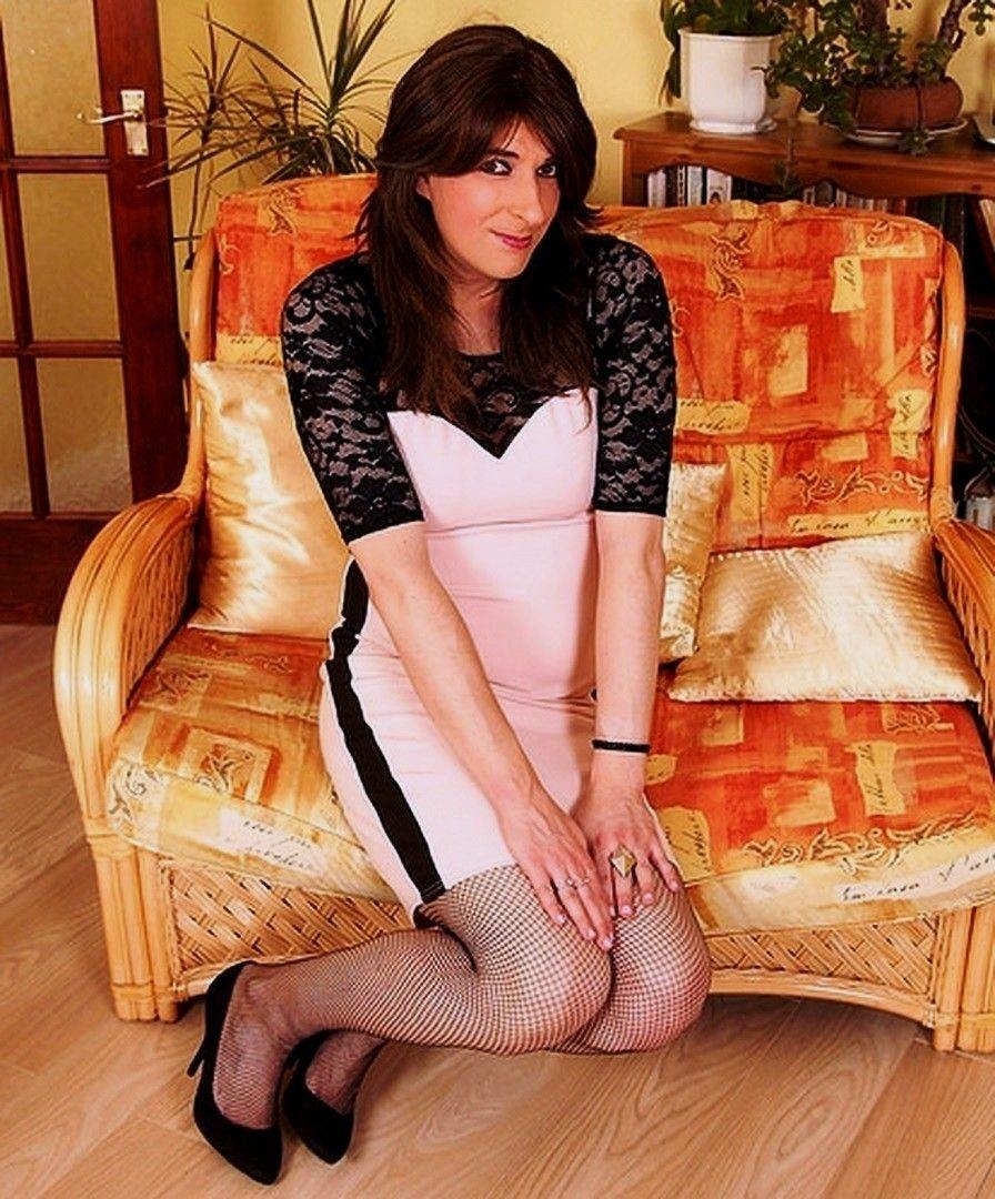 Anjana sukhani boob