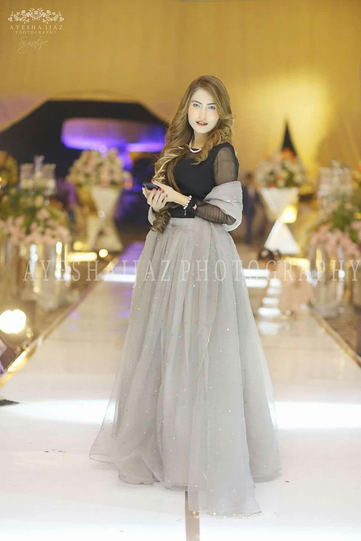 f33ed143762 Indian Dresses · Pakistani Party Wear · Anarkali Dress · Simple Dresses