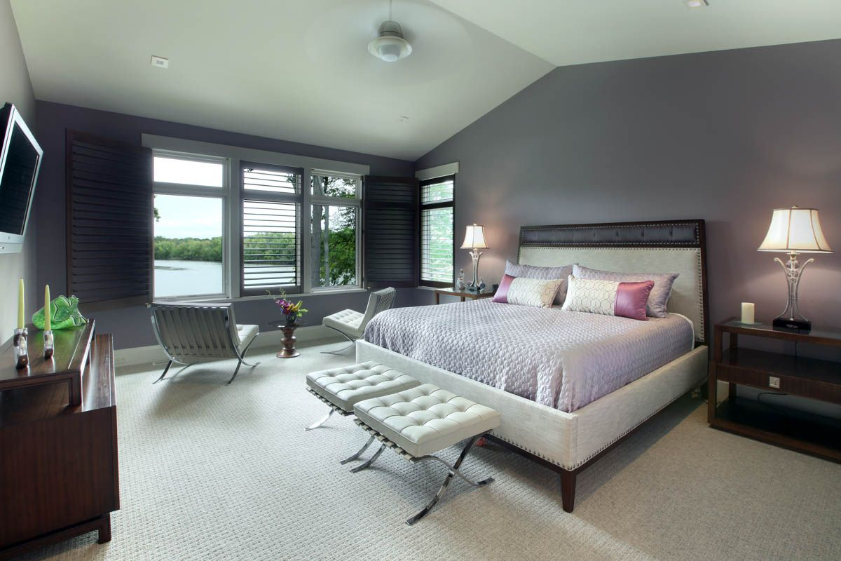 Tranquil master bedroom by SCH