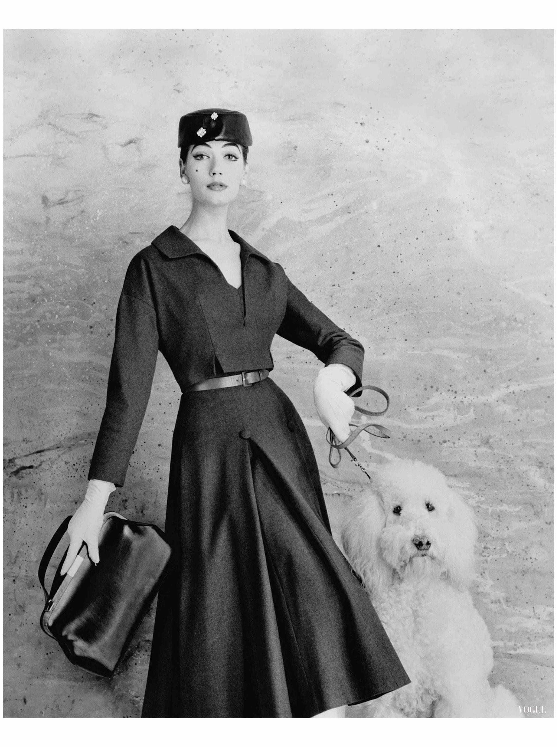 Simone d'Aillencourt Vogue January 1956 Eugene Vernier