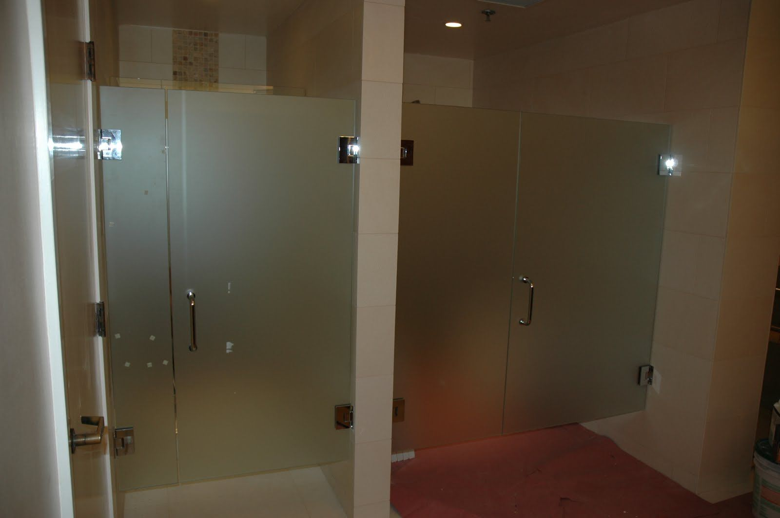frosted shower doors. Gorgeous Glass Shower Doors For Your Contemporary Bathroom Design: Impressive Frosted With