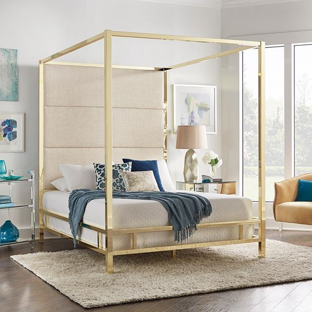 Contemporary Homedecor Ideas: Can You Say Royal Glam ? Our Designers Mixed Blues And