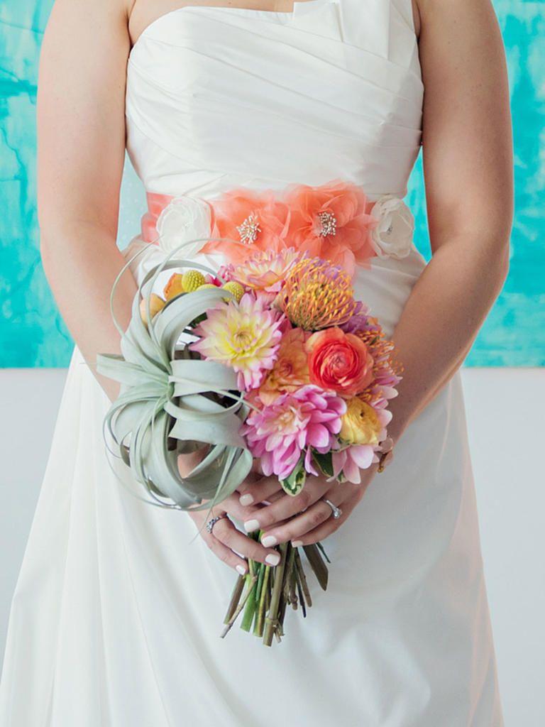 20 unique wedding bouquet ideas unique weddings flower bouquet 20 unique wedding bouquet ideas izmirmasajfo Images