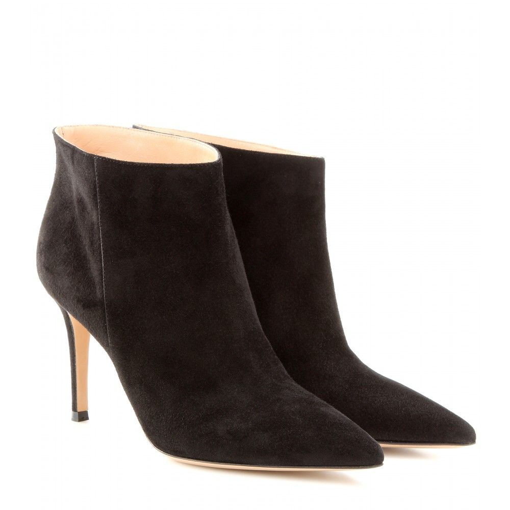 Timeless black ankle boots
