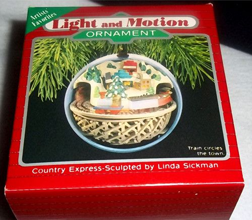 Hallmark 1988 Country Express TRAIN Light & Motion Christmas Tree Ornament  NIB - Hallmark 1988 Country Express TRAIN Light & Motion Christmas Tree