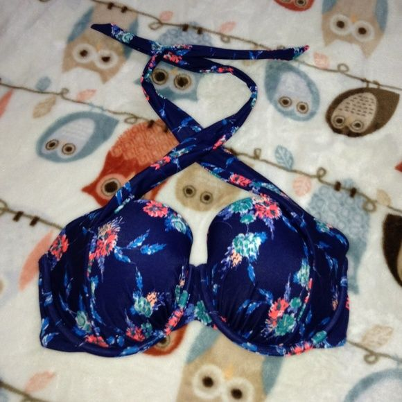 Victoria Secret Swim Top NEW Size 32 DD also fits 32D Victoria's Secret Tops