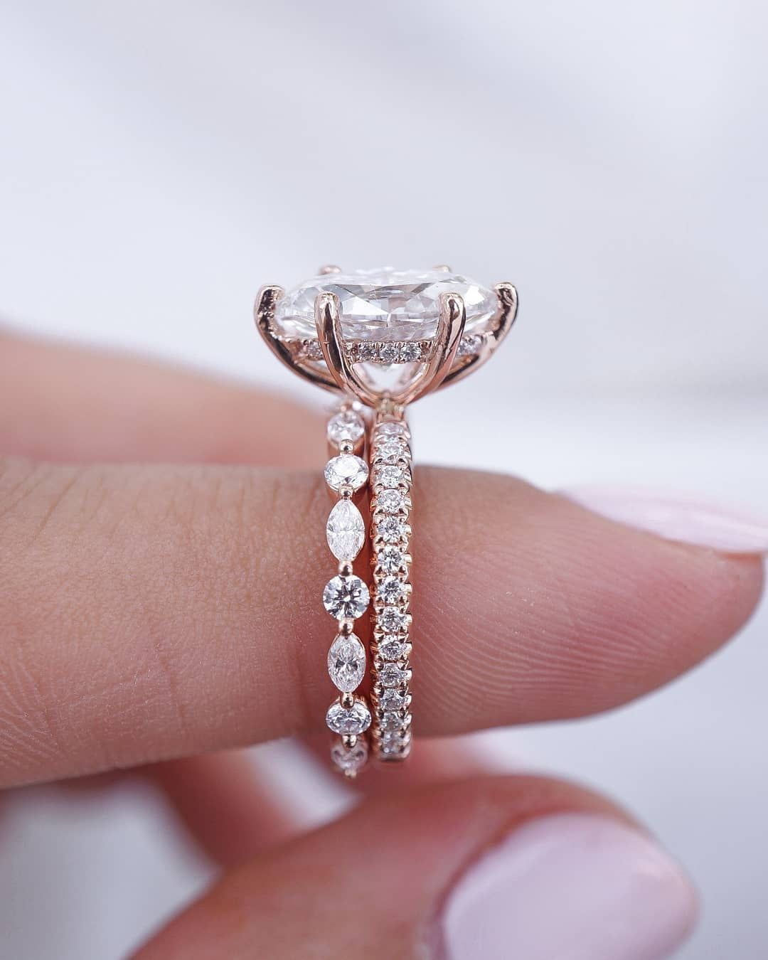 Engagement Rings Gallery On Instagram Now This Is An Absolute Perfection Who S In Love Wi With Images Wedding Rings Engagement Diamond Wedding Bands Wedding Rings