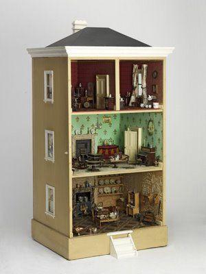 Natalie's Sketchbook: Antique Dollhouses