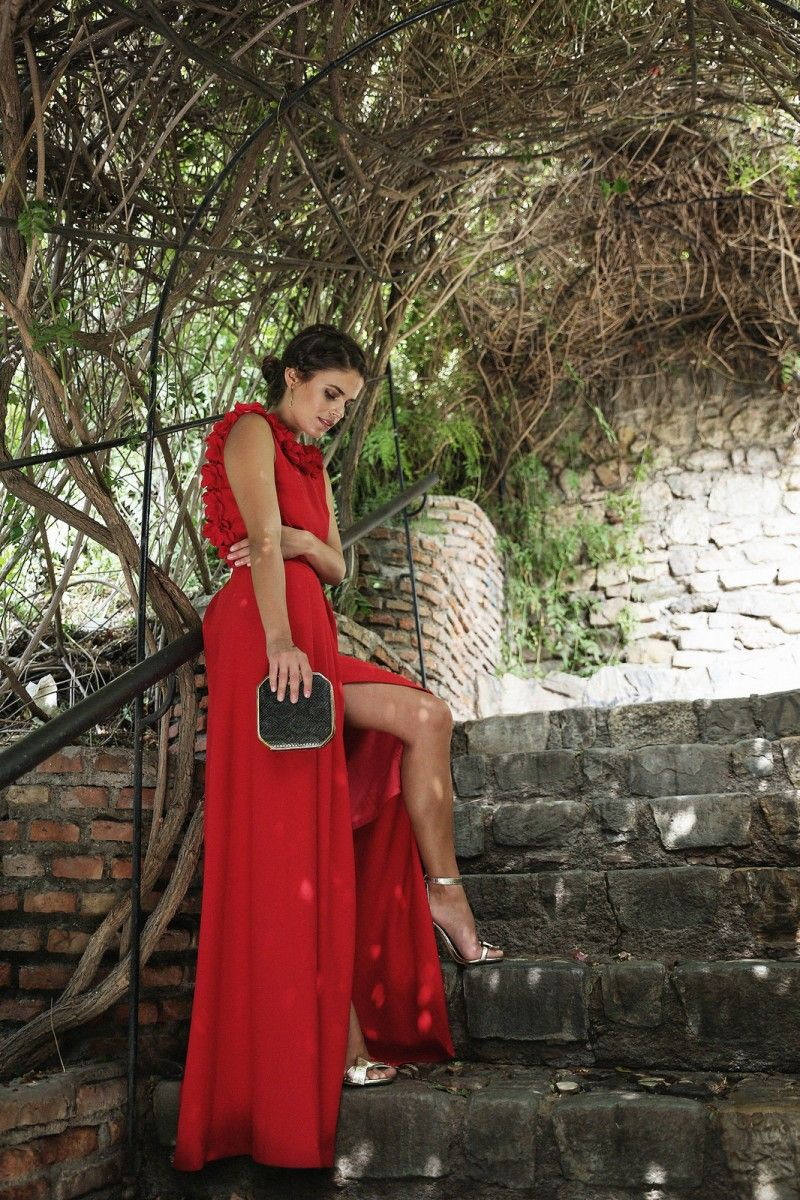 efbfb59107 Vestido largo rojo abertura lateral rodhante