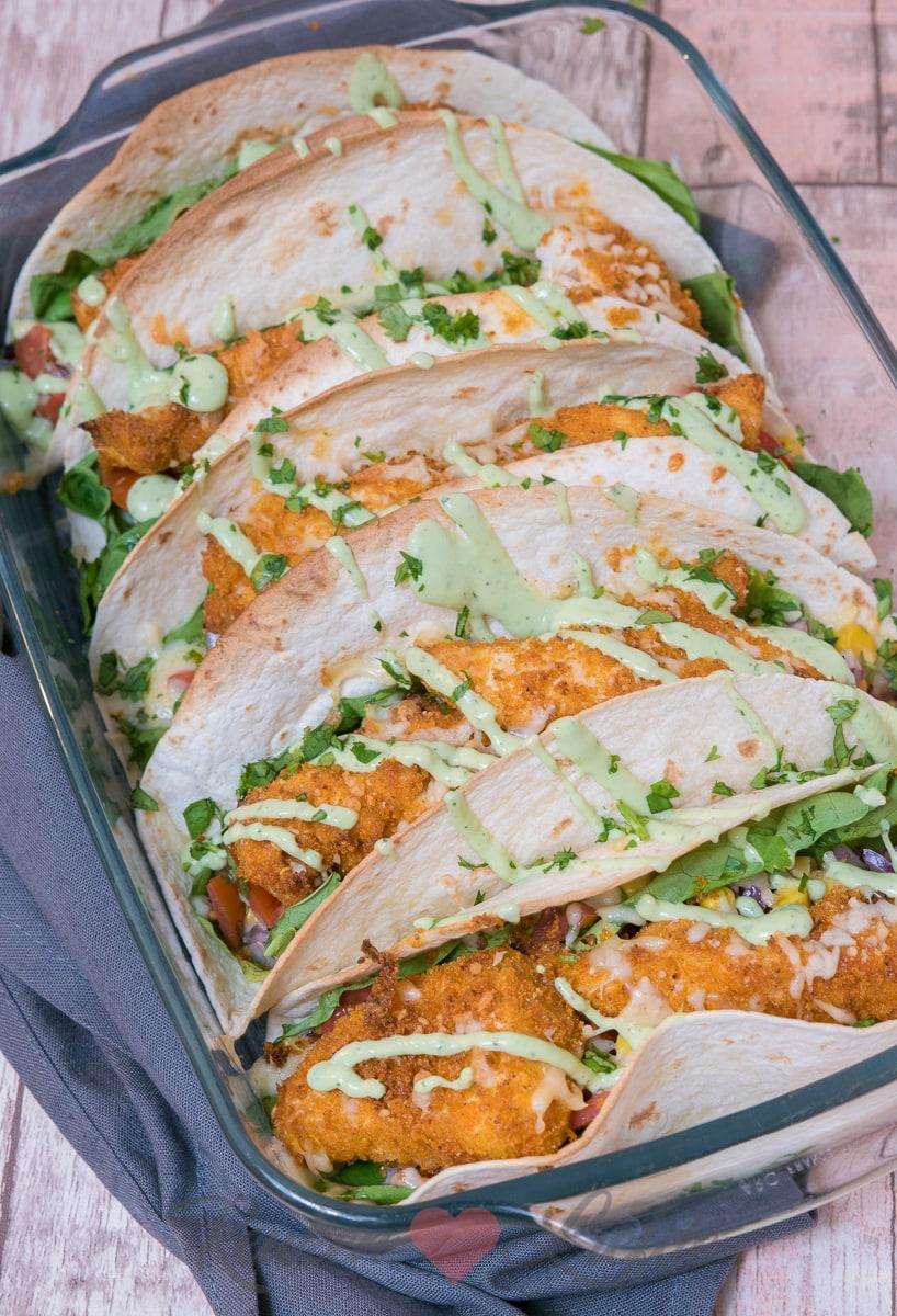 Wraps uit de oven met krokante kip en tomatensalsa - KeukenLiefde