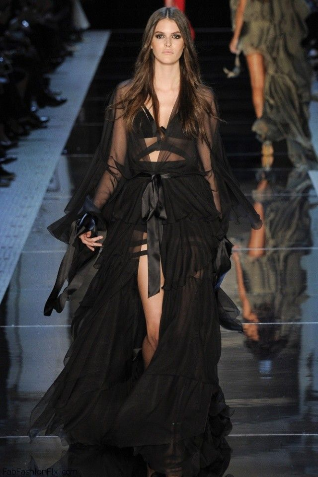 Alexandre Vauthier Haute Couture spring/summer 2016 Collection. #couture #alexandrevauthier