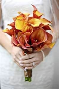 Fall calla lilly wedding bouquet Use shades or yellow, red, orange, and brown for fall color wedding bouquet and wrap with burlap to finish it off for any boquet!
