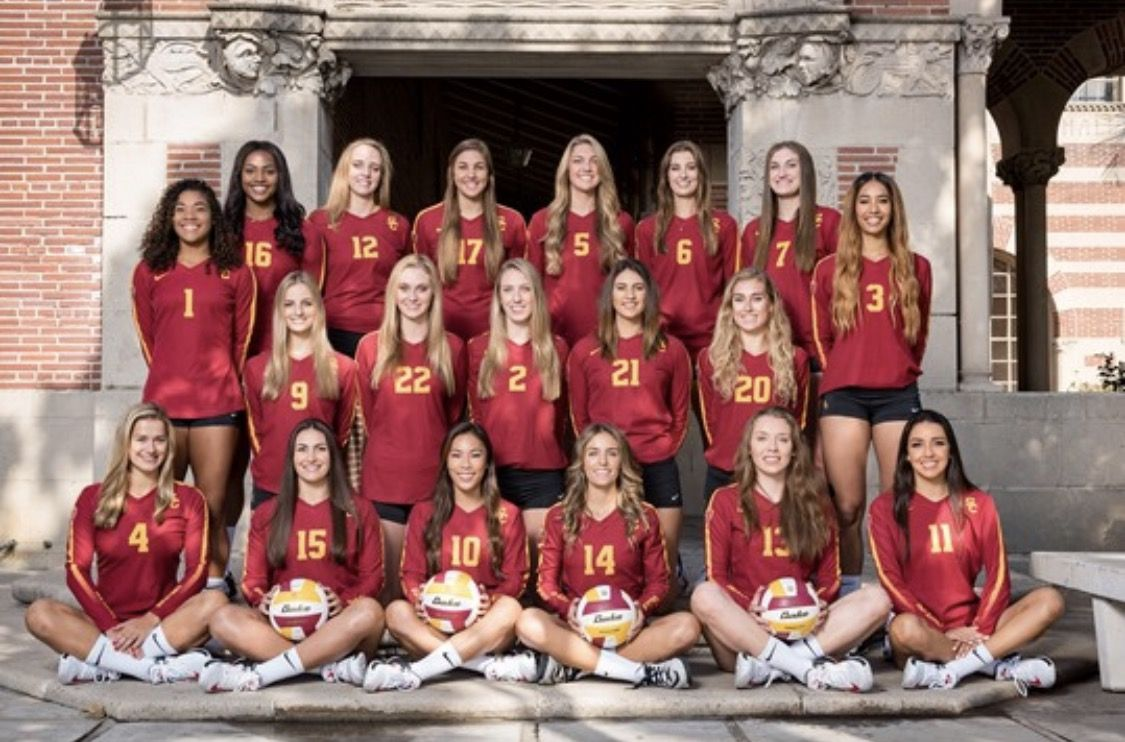 The 2017 Usc Womens Vollyball Team Fighton Women Volleyball Volleyball Team Pictures Cheerleading Outfits