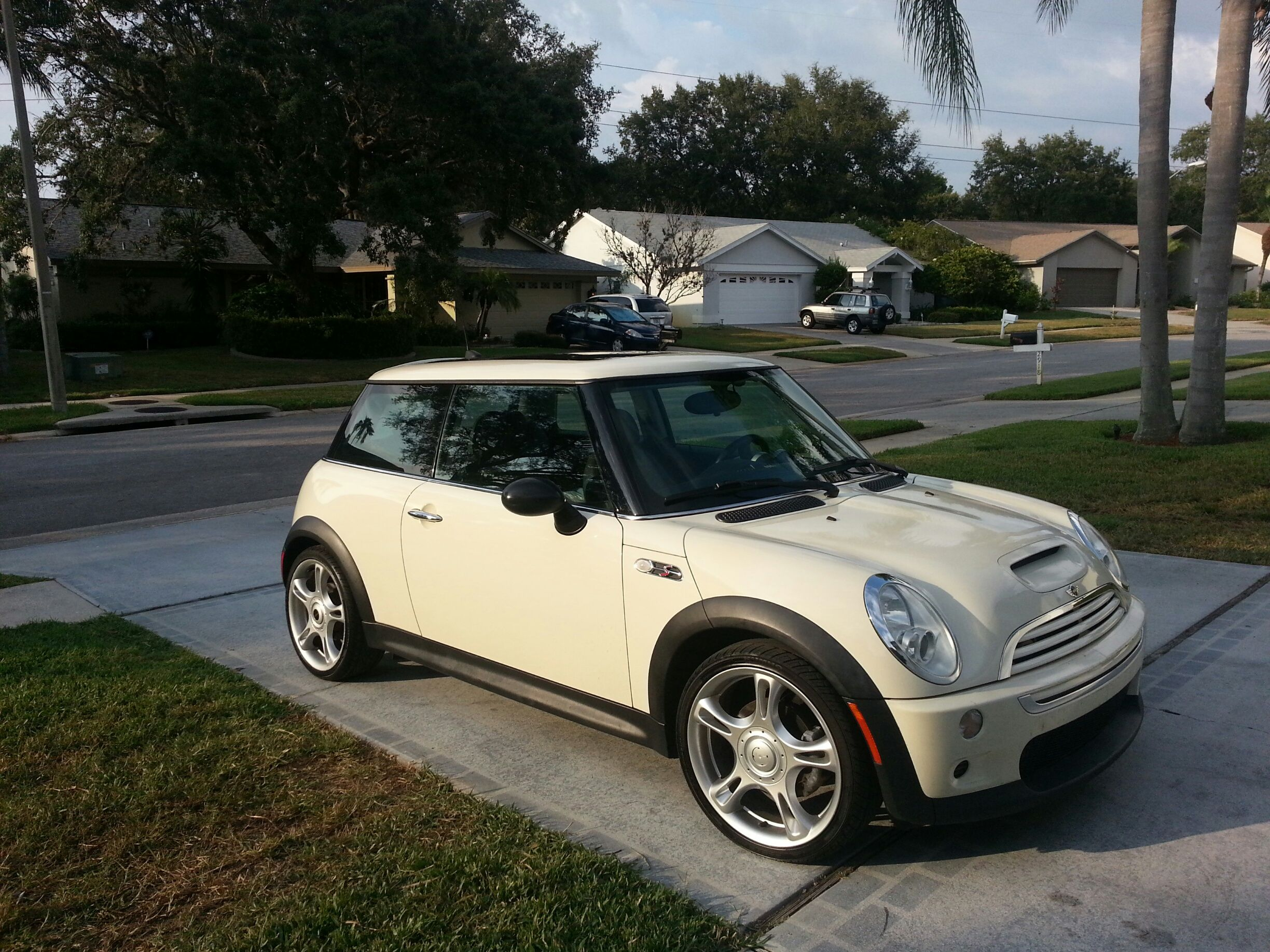 my new car 2005 mini cooper s for supercharged mini cooper love pinterest. Black Bedroom Furniture Sets. Home Design Ideas