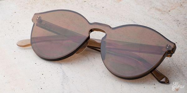 Óculos De Sol Sem Armação Com Estojo De Bambu    Ui! Gafas   óculos 4a612bfdfd