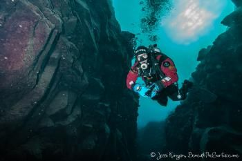 Diver in the Crack