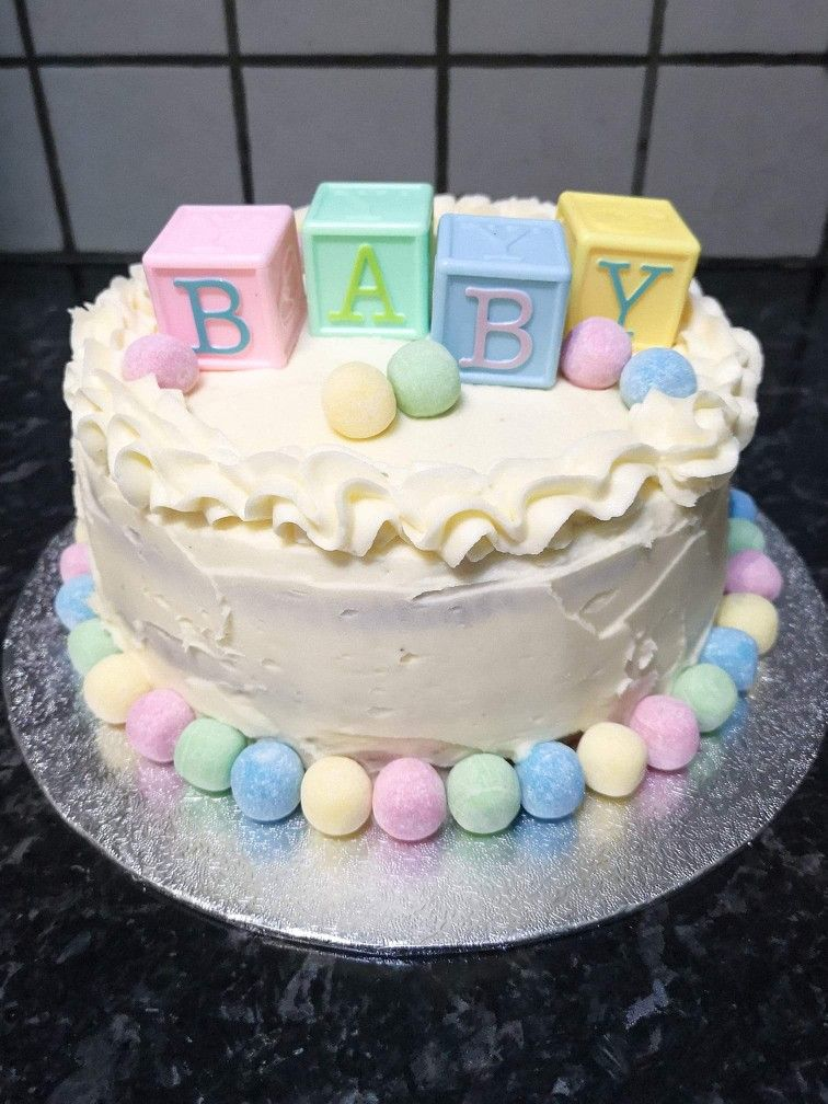 Baby shower cake Baby shower cakes neutral, Baby shower