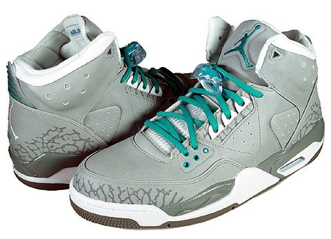 meet c6641 f74b6 Jordan Rare Air 3M edition. I pretty much just peed myself finding these.  Gray, blue detailing, AND reflective  Um, yes please!