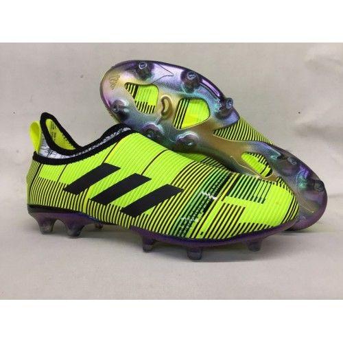 pretty nice f85e5 7734f Crampons Foot Adidas Glitch Skin 17 terrain sec pour Homme Jaune Noir soldes