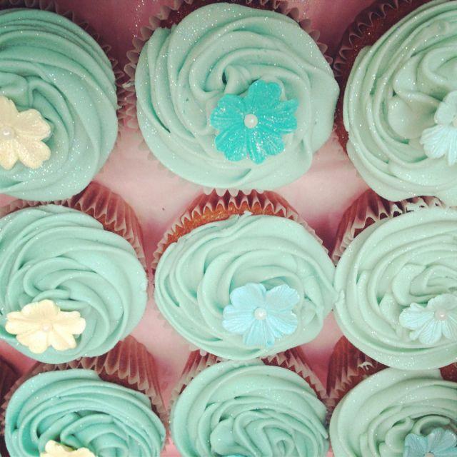 Seafoam Green Wedding Ideas: Seafoam Wedding Cupcakes #weddingcupcakes