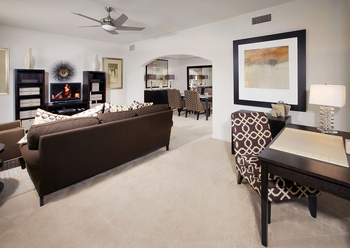Post Riverside Offers A Variety Of Floor Plans And Finishes Ranging From Traditional Apartment Homes To Townhomes And Carp Apartment Communities Apartment Home