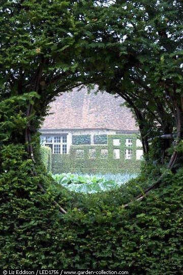 In Detail Led1756 Garden Landscape Design Garden Features Garden Inspiration
