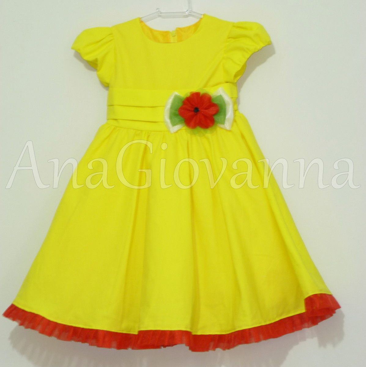 8643a975d4a1f0 Vestido Infantil Magali. Tecidos: Algodão, tule, organza. Não ...