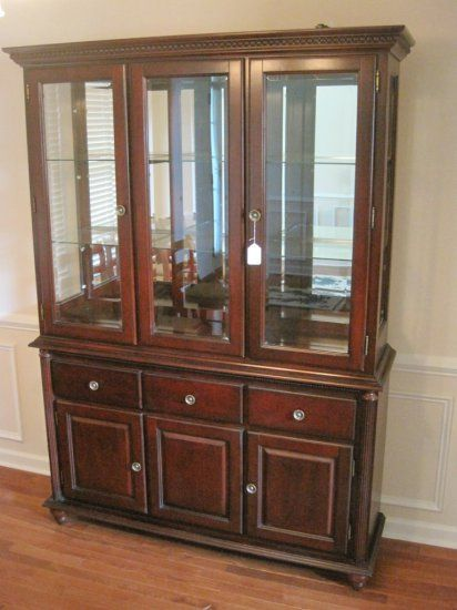 Dark Cherry Lighted China Cabinet W Beveled Gl Shelves Beaded Trim Auctions