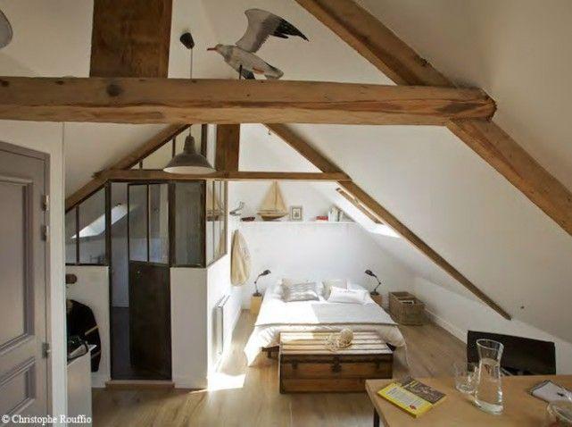 Une maison typique au bord de la mer on en rêve! Attic - deco maison avec poutre