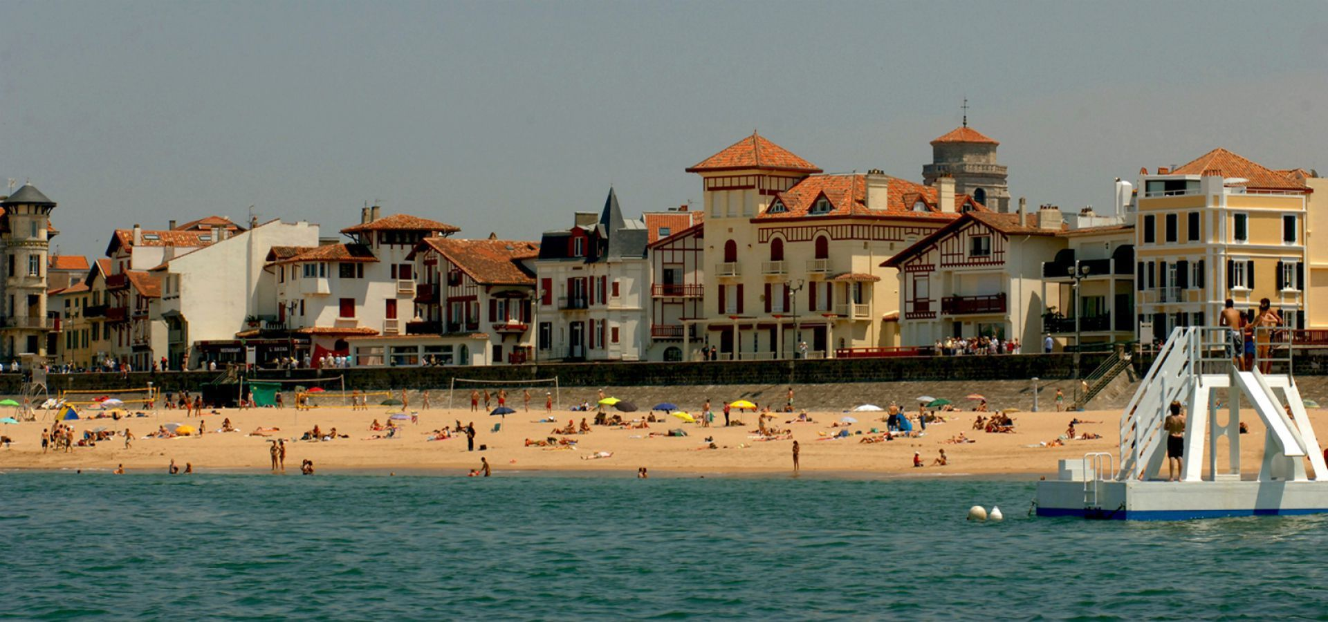 Saint jean de luz france pinterest france and beach for Club piscine st jerome liquidation