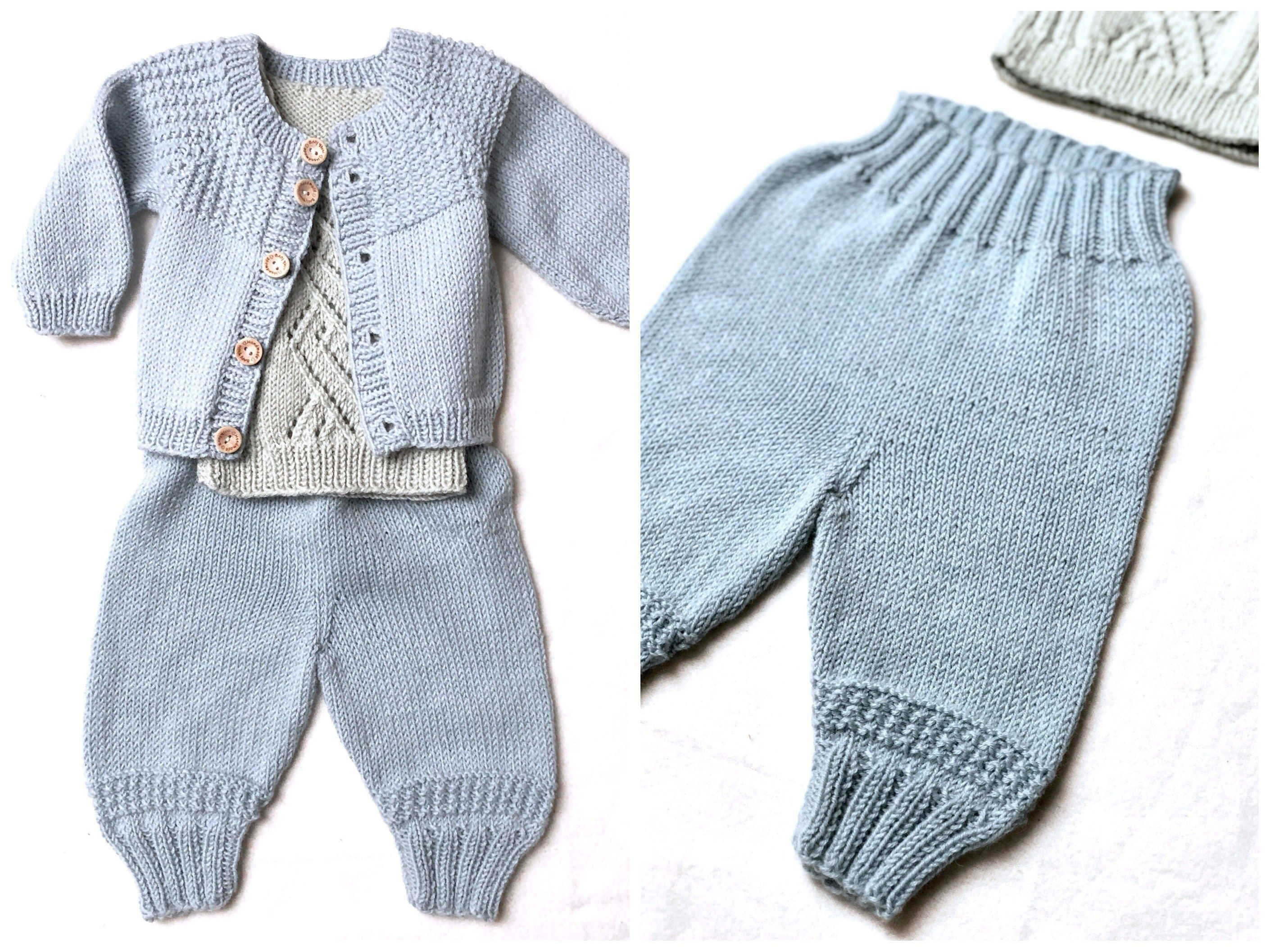 893f92ed66f Johns hentesæt - strikkede babybukser i blød merinould - FiftyFabulous