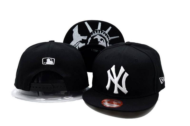 fca8a2affe09a Mens New York Yankees MLB Statue of Liberty Under Visor Big Team Logo  Snapback Hat - Black   White