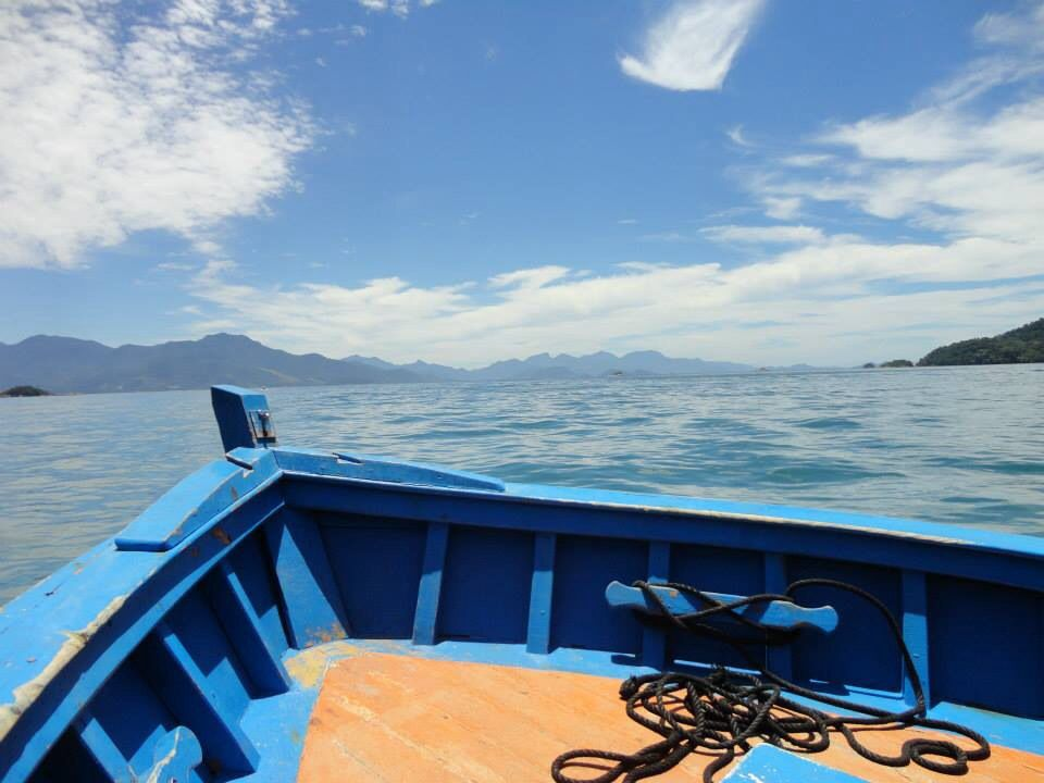 Passeio de barco em Ilha Grande, Angra-RJ. #sea #boat #nature