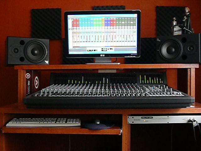 Estudios de grabacion buscar con google estudios de - Muebles para estudio de grabacion ...
