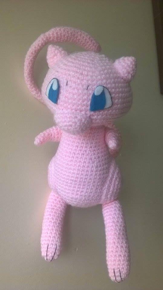 Lindo Mew amigurumi, esperen el patron muy pronto. #Mew #Crochet ...