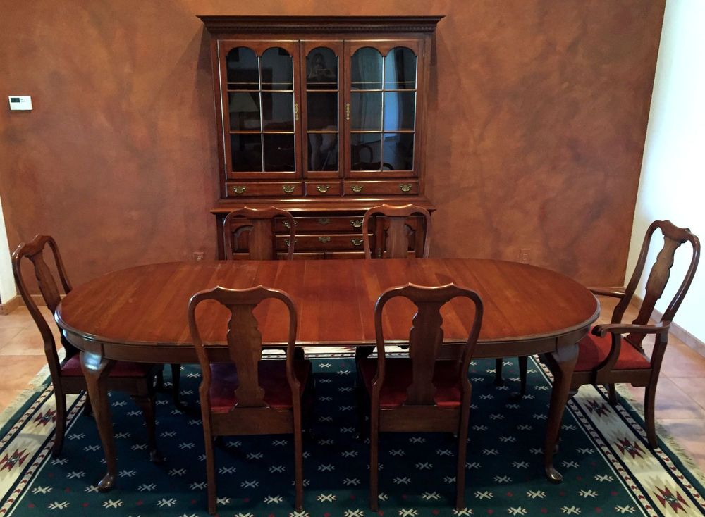 Exceptionnel Queen Anne Dining Room Set   Pennsylvania House   Solid Cherry   12 Pcs.  This Beautiful Dining Room Furniture Was Made By Pennsylvania House In The  Queen ...