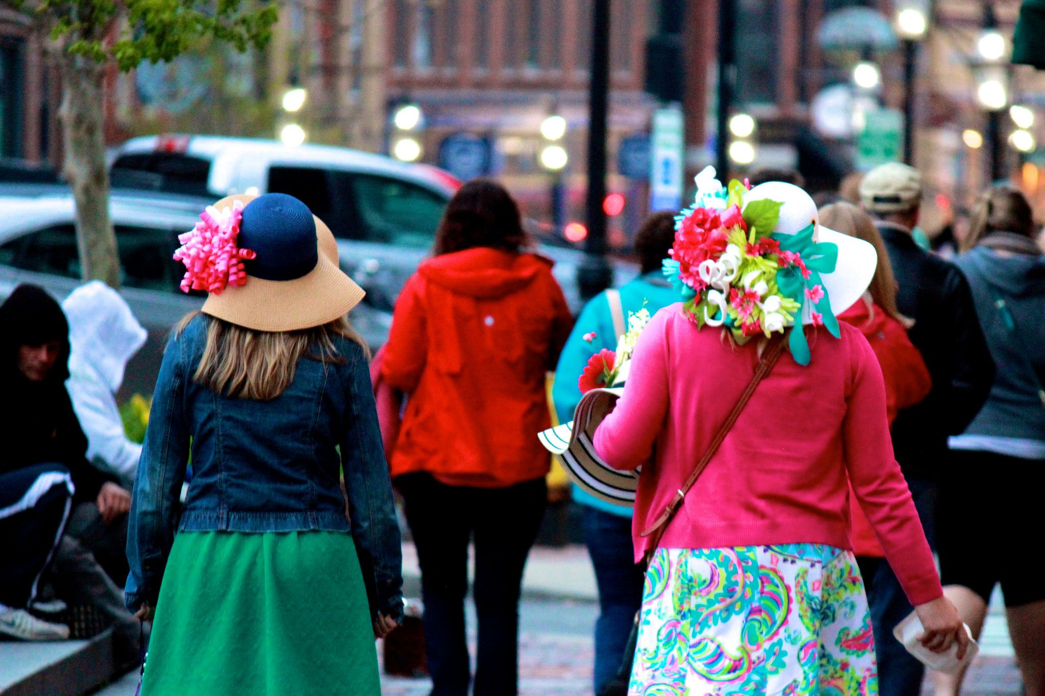 """Like a game of Dr. Seuss """"Do you like my hat?"""" Portsmouth, NH #woman #hat #kentuckyderby #portsmouthnh #canon"""