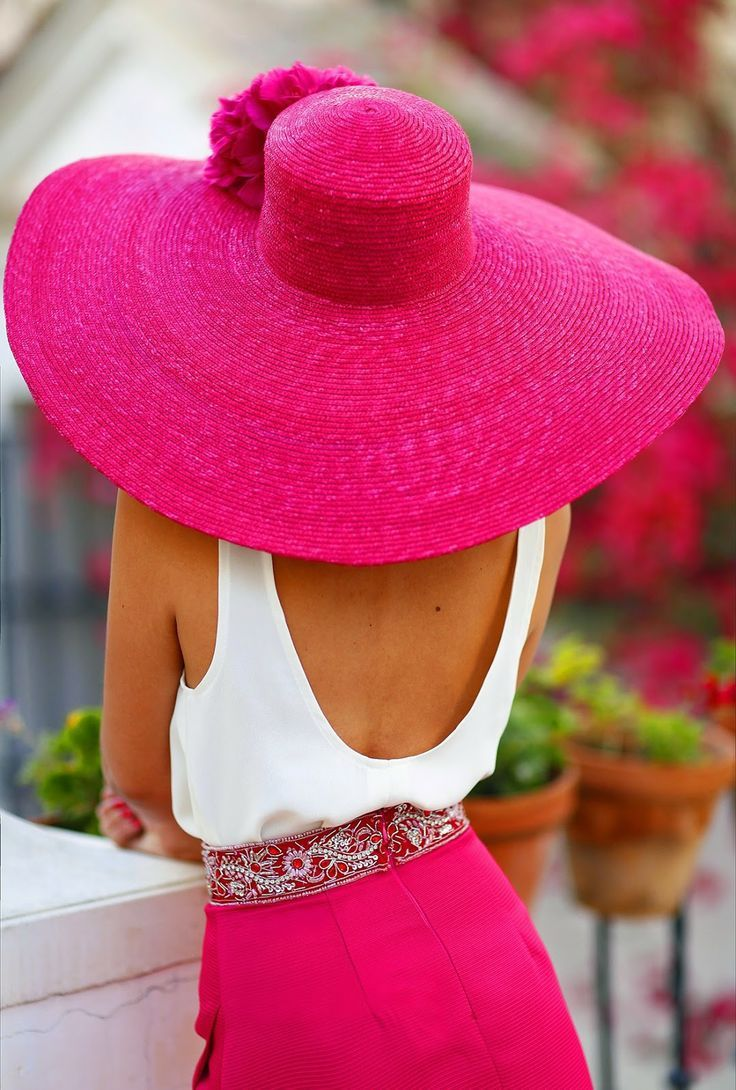 invitada con estilo pamela | vestidos | Pinterest | Con estilo ...
