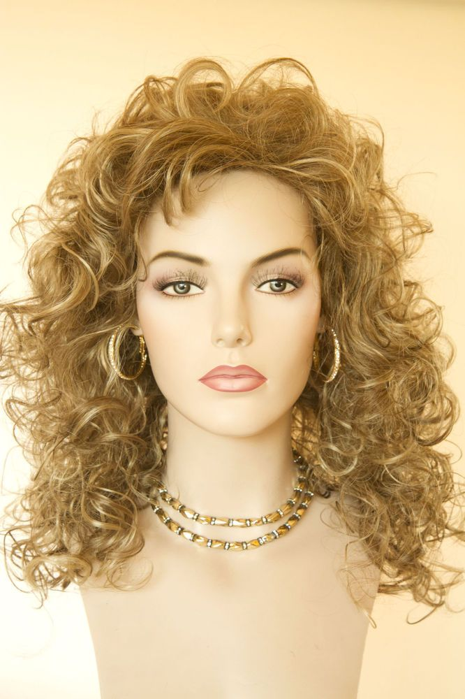 Pin By Tonya Head On Hair Styles In 2020 Gold Blonde Curly Hair