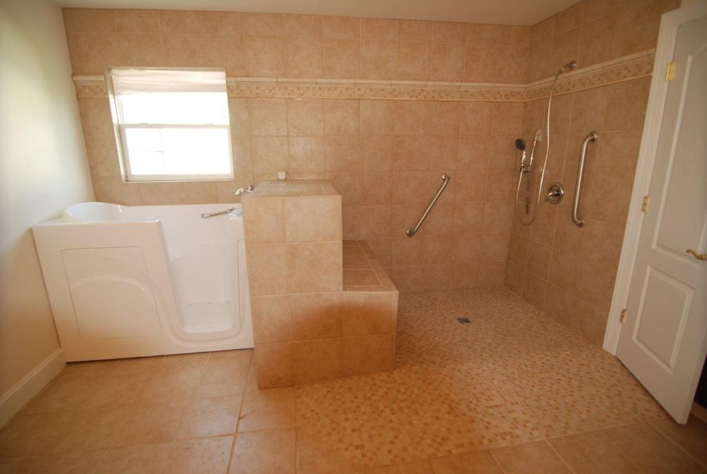 Sillas Baño Minusvalidos:Residential Handicap Bathrooms