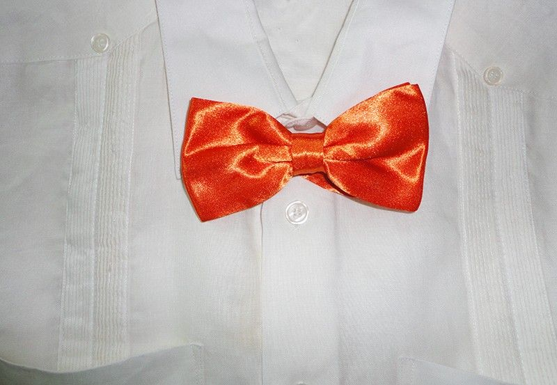 8b7ba631d558 Guayabera wedding outfit - Bow Tie Orange - Guayabera with Bow Tie. Perfect  for a wedding. Choose the guayabera Size. We also sell the Bow Tie  separately.