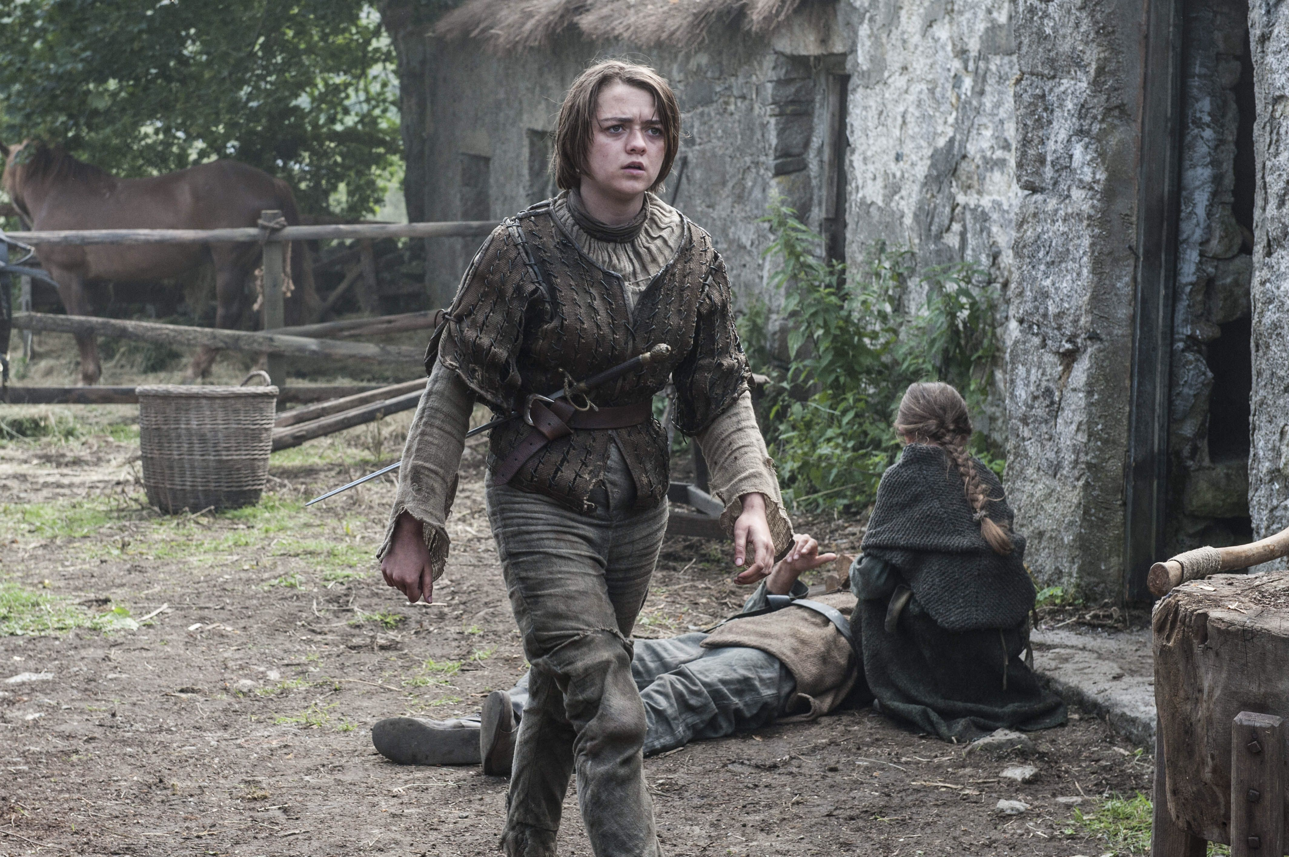 Arya going after The Hound - 'Breaker of Chains' (S4, E3)