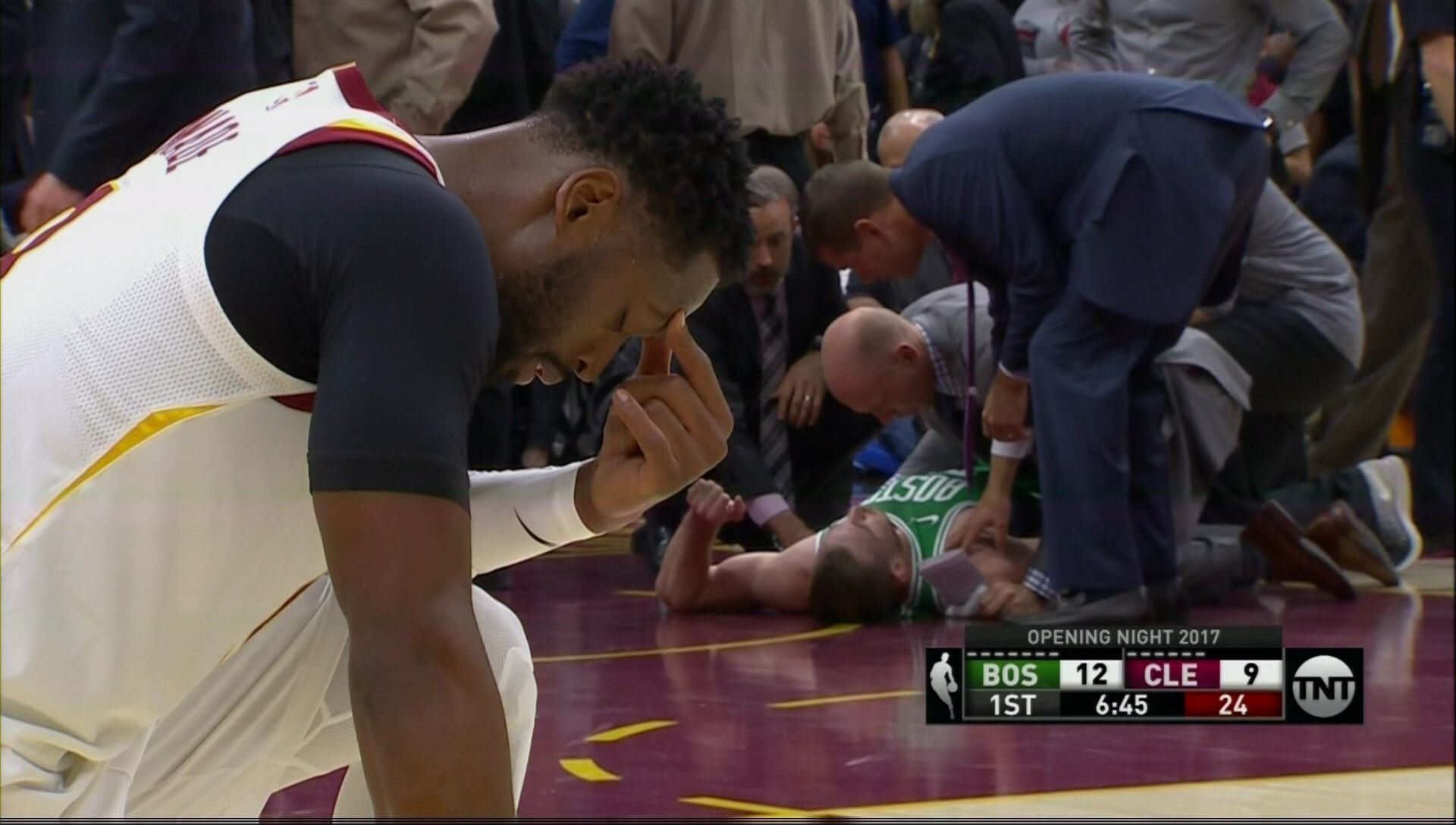 Gordon Hayward suffered a broken ankle in first game with