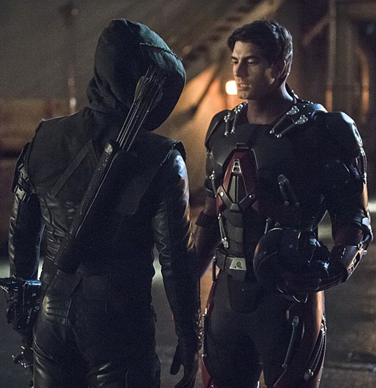 Arrow 3x17 - Atom vs Arrow