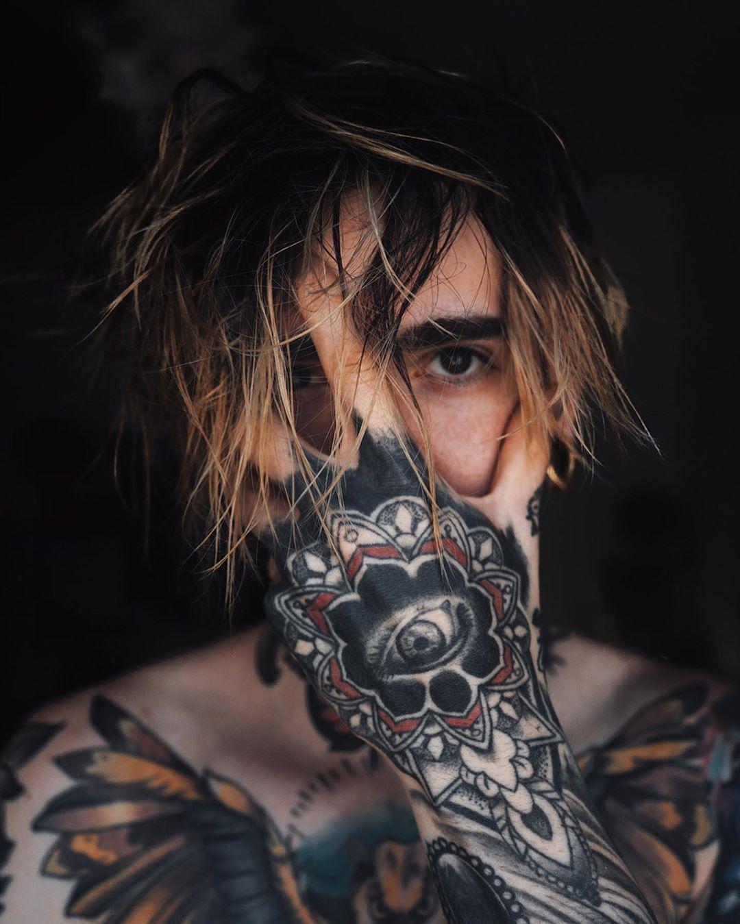 Or Tattoo Inkedup Tattoos Inked Ink Tattooed Tattooartist Tattooart Inkedup Tatto Tattoo Photoshoot Men Hair Color Tattoo Photography Tattoo boy wallpaper hd