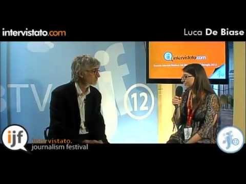 Intervista con Luca De Biase, giornalista ex direttore di Nova 24 ed esperto di nuovi media.