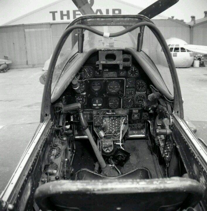 Mustang, Air Museum, Ontario 1960'