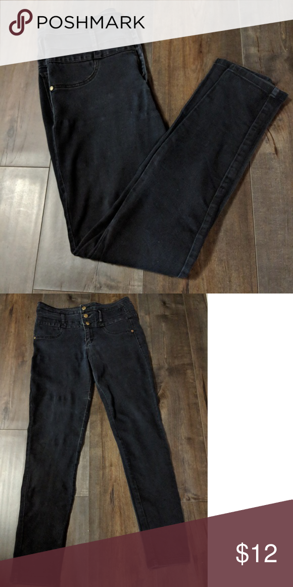118c8d669f Refuge Hi waist skinny jeans Faux front pockets and three button closure.  There is some