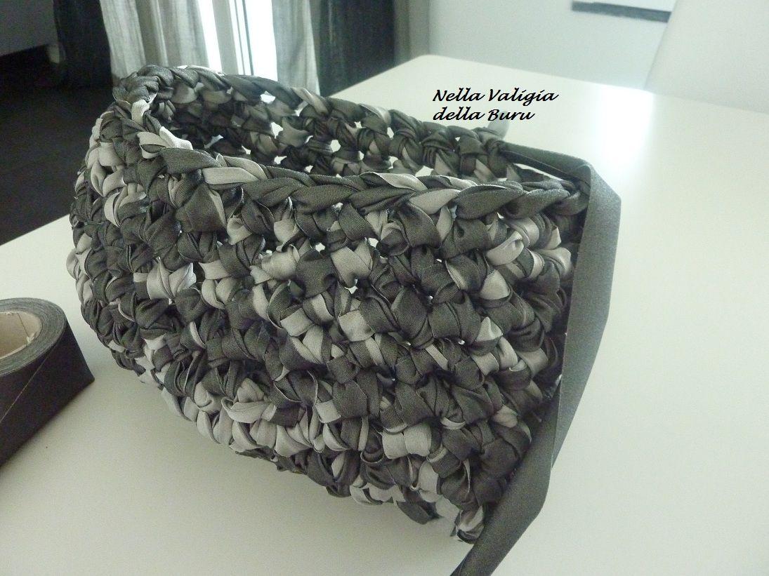 Nella valigia della Buru: TUTORIAL BORSA IN FETTUCCIA per i negati dell'uncinetto e non solo. CROCHET BAGS FREE PATTERNS